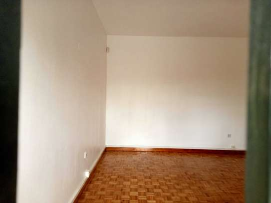 commercial property for rent in Gigiri image 9