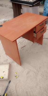 Desktop desk improves office outlook image 1