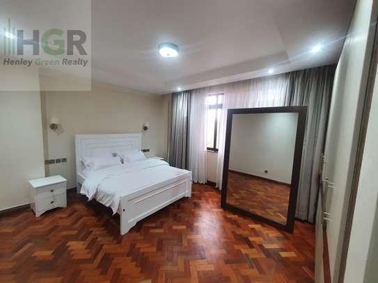 3 Bedroom Apartment Riverside image 9