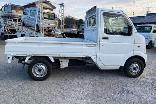 Suzuki carry truck image 10