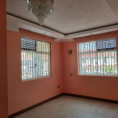 MODERN GUESTWING TO LET IN RUNDA. image 6