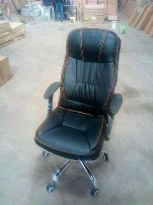 Executive adjustable office chairs image 3