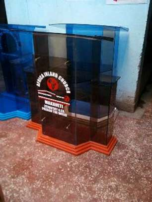 Glass pulpit image 2