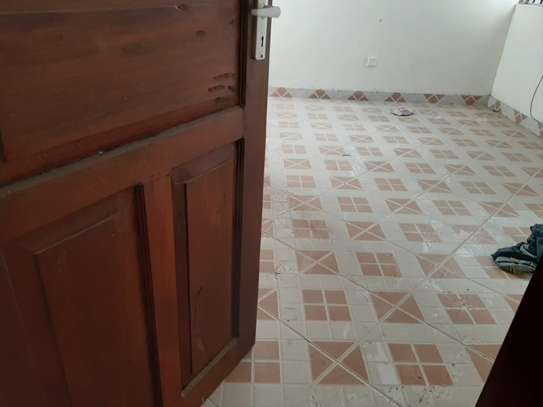 4 bedroom townhouse for rent in Nyali Area image 11
