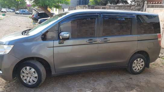 Nissan Note For Hire image 3
