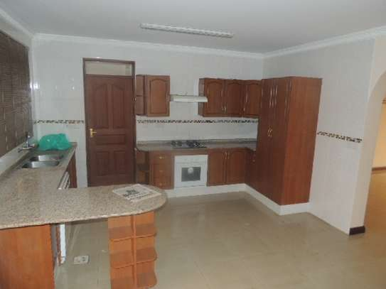 3 bedroom apartment for rent in Milimani image 3