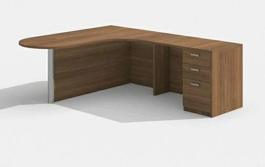 Executive quality office desk/ tables image 6