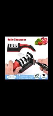 knife sharpener image 2