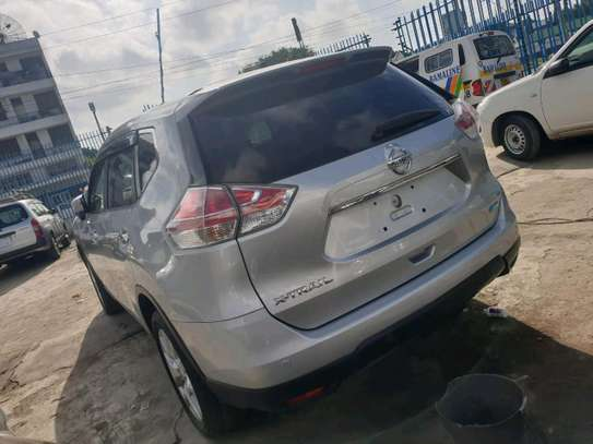 Nissan xtrail 2014 deal deal in mombasa image 4