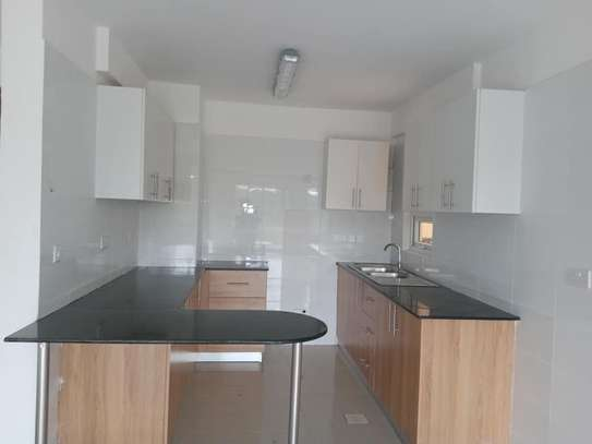 2 bedroom apartment for rent in Ngong Road image 8