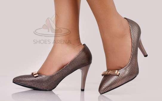Shinny High heels image 4