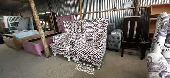 Arm chair/modern one seater sofa for sale in Nairobi Kenya/king chair/single seats image 1
