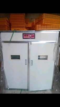 Eggs incubuter machine on sale image 1