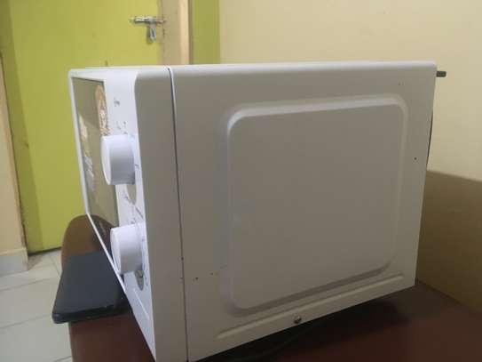 Bruhm BMO720 - Microwave Oven Solo - 700W - 20 Litres image 1