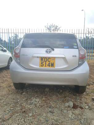 Toyota aqua 2014 image 3
