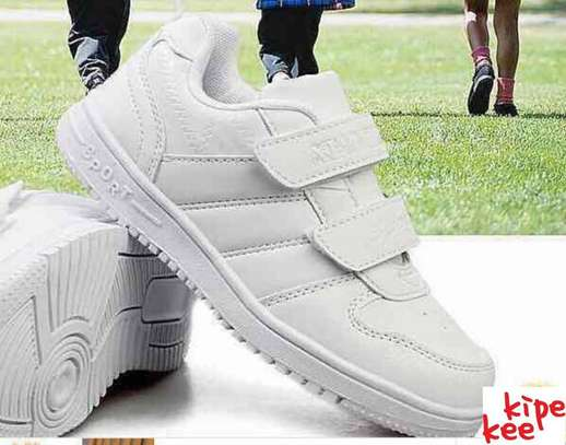 White Durable Sport Shoes
