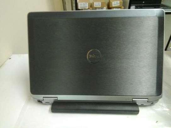 Dell Latitude E6320. image 3