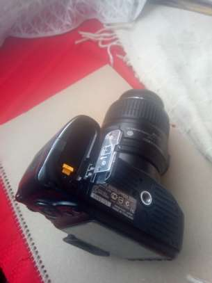Nikon d3200 with 18-55mm lens image 1