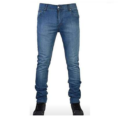 Fitting Classy Jeans image 1