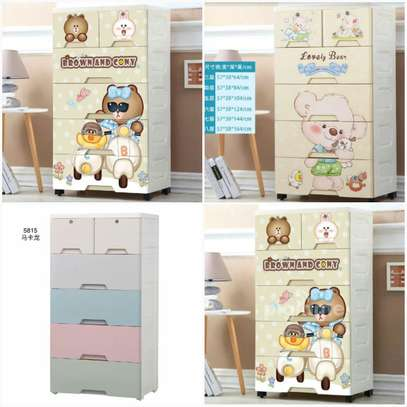 Portable kids cabinets