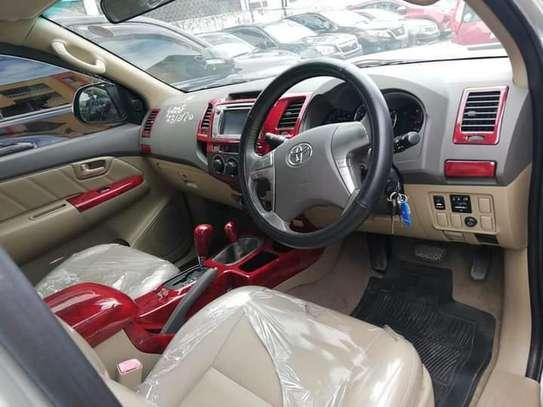 Toyota Hilux 2.5 D-4D image 5