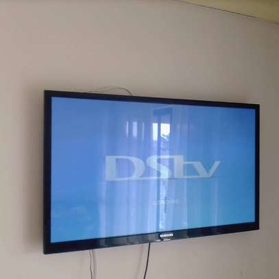 Dstv and TV mounting
