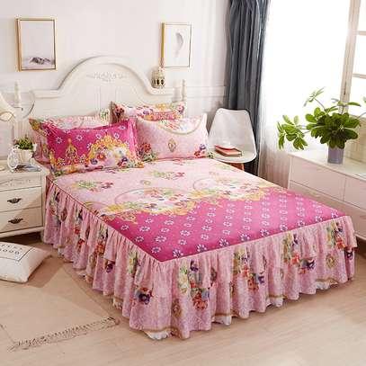 ELEGANT BED SKIRT FOR YOUR ROOM image 2