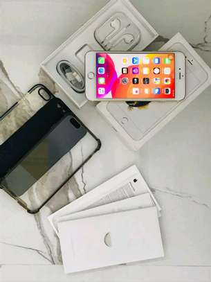 Apple Iphone 6s Plus [ 128 Gigabytes ] With Charging Pad image 2