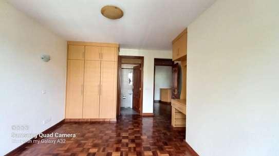 4 bedroom apartment for rent in Rhapta Road image 16