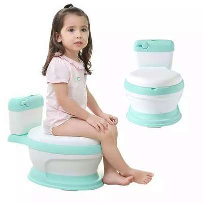 Generic Classy baby potty with cover for free potty brush+cleaning bag