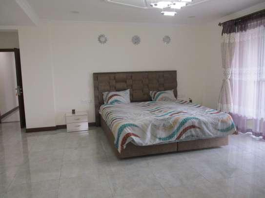 Furnished 3 bedroom apartment for rent in Kilimani image 17