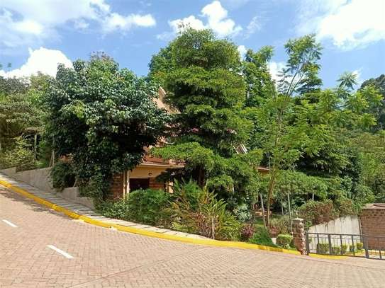 4 bedroom house for rent in Rosslyn image 18