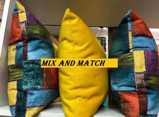 MIX AND MATCH THROW PILLOWS image 3