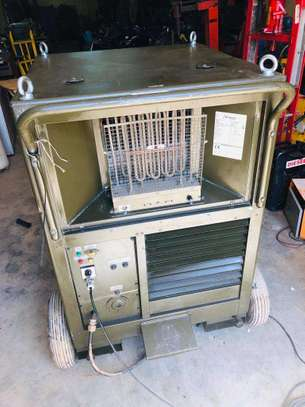 British Army Mobile Air Conditioner image 5