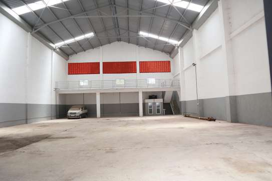 15000 ft² commercial property for rent in Mtwapa image 4