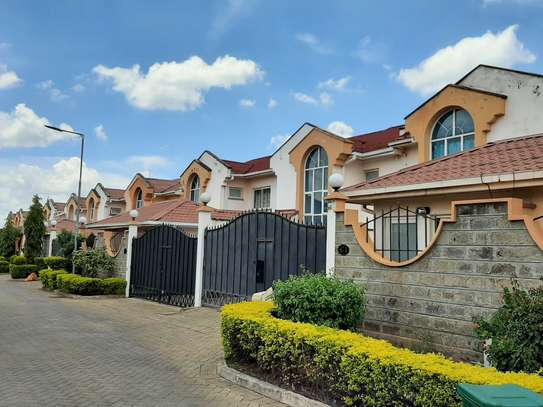4 bedroom townhouse for rent in Langata Area image 7