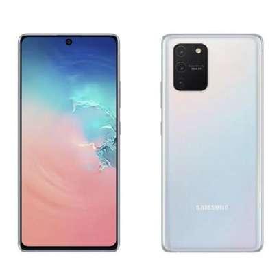 Samsung Galaxy S20 Plus Smartphone 6.7 Inch 8GB RAM 128GB ROM 12MP+64MP+12MP+0.3MP Quad Main Camera 10MP Dual Selfie Cam 4500 MAh Battery