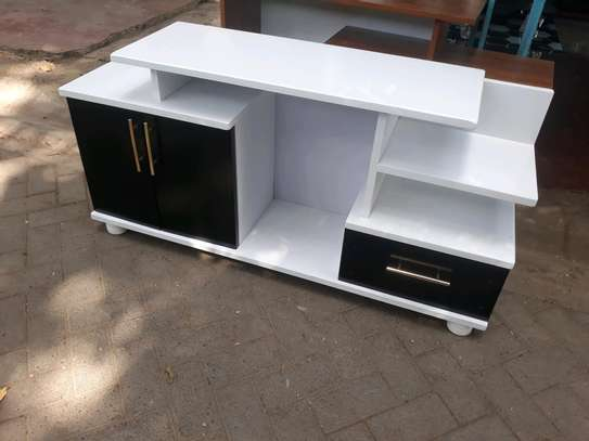 Quality tv stand  p230 image 1