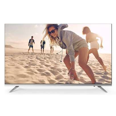 Skyworth 32 inch frameless digital TV image 1
