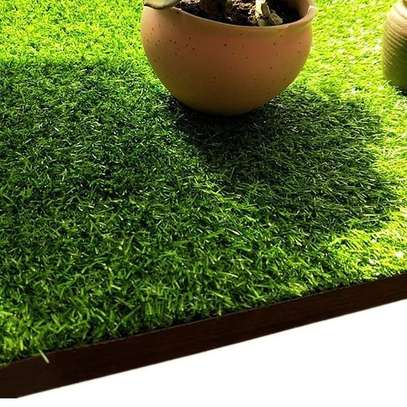 artificial grass carpet to withstand all weather condition image 15
