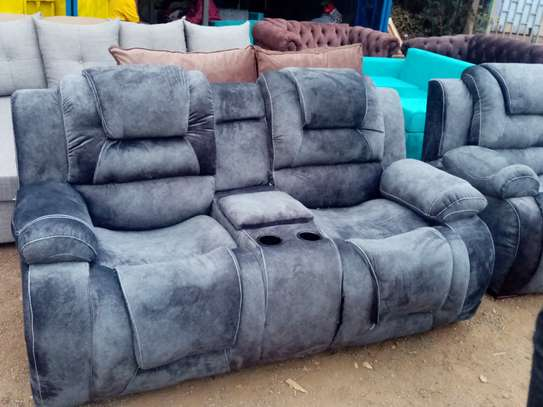 7 seater recliner 3,2,1,1 image 2