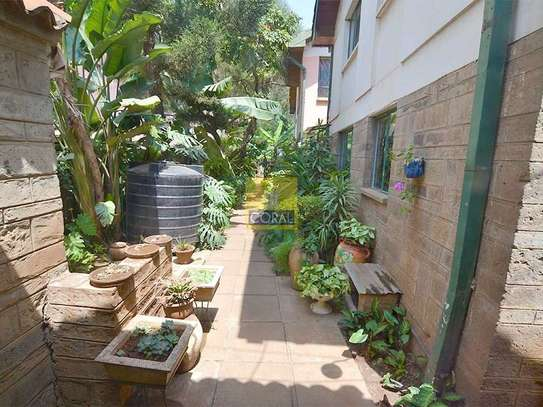 1 bedroom house for rent in Kilimani image 17