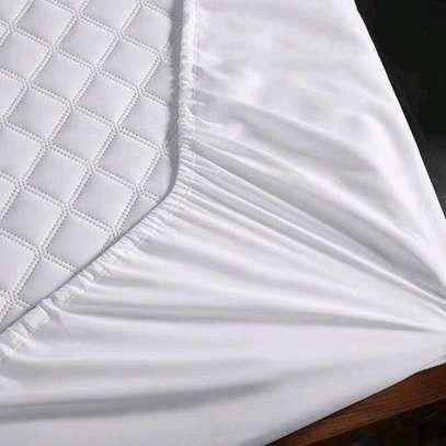 mattress protector image 7