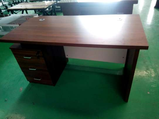 1.4m office desk image 1