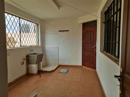 4 bedroom apartment for rent in Westlands Area image 4