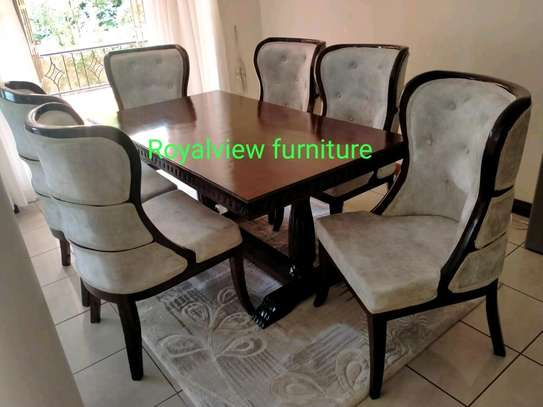 6 seaters dining set image 1