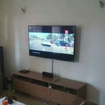 TV Mounting & Installation Service image 2
