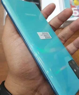 Samsung a51 boxed image 4