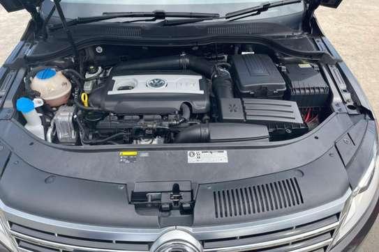 Volkswagen CC image 9
