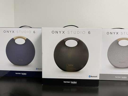 Onyx Studio 6 Portable Bluetooth speaker - Harman Kardon image 1